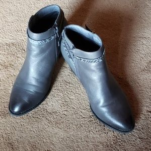 Vionic grey ankle boots